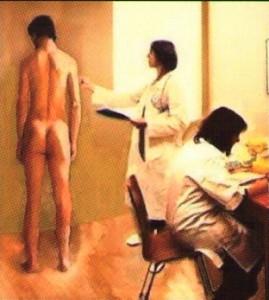 langsam nackt ausziehen