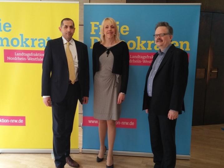 MANNdat-Mitglieder wurden geladen als Experten zur Anhörung im Nordrhein-Westfälischen Landtag