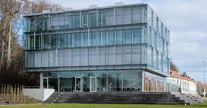 Zeppelin Universität, Friedrichshafen