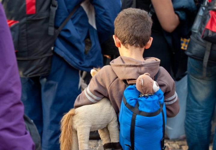 Junge unter Flüchtlingen